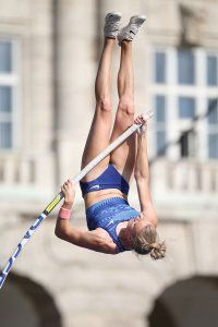 Pole Vault of Prague - Women 35