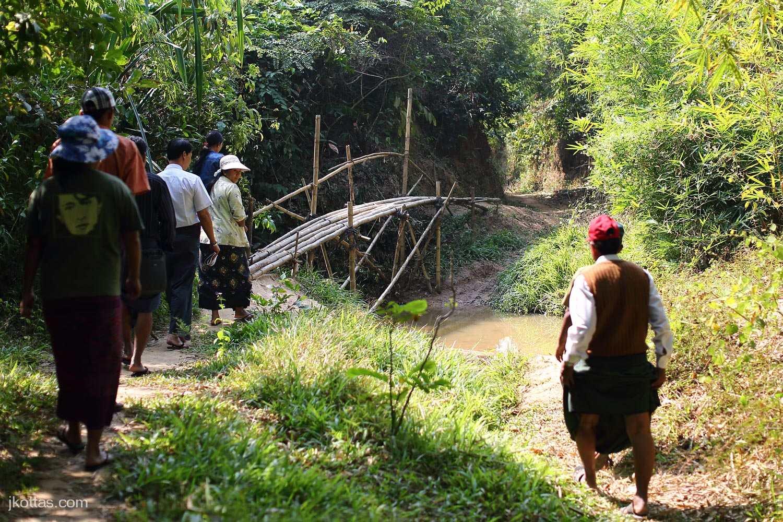 burmese-village-08