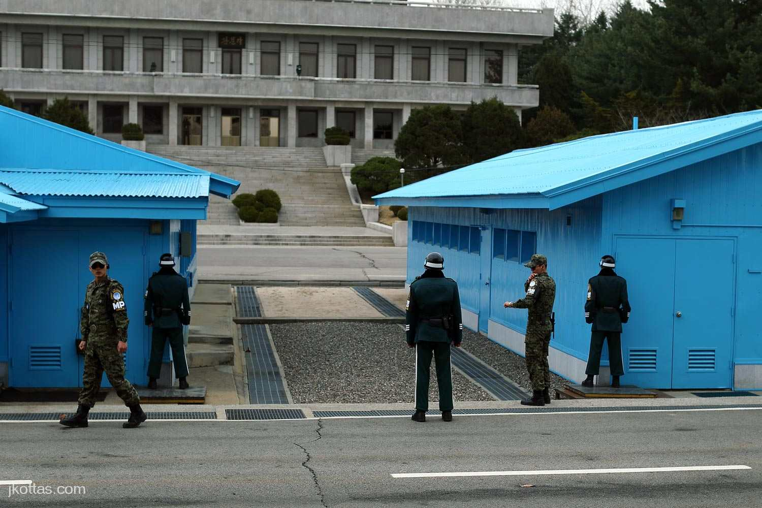 joint-security-area-17