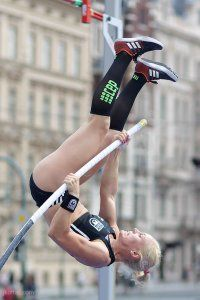 pole-vault-of-prague-03