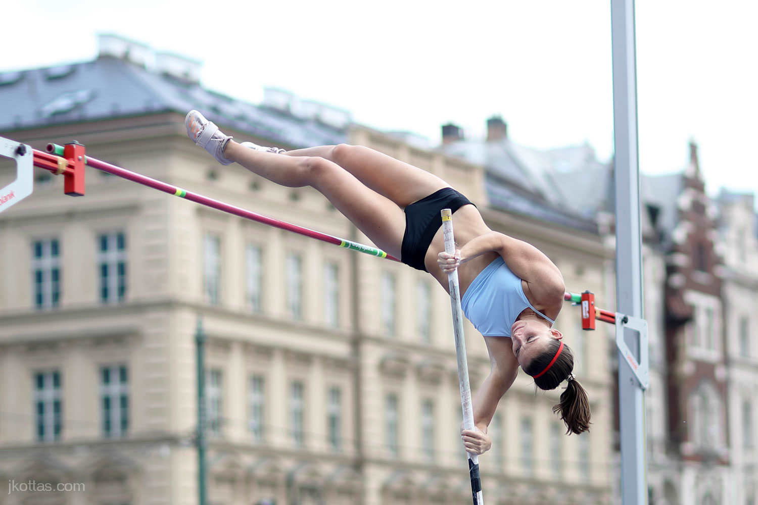pole-vault-of-prague-09
