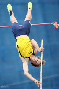 pole-vault-of-prague-27