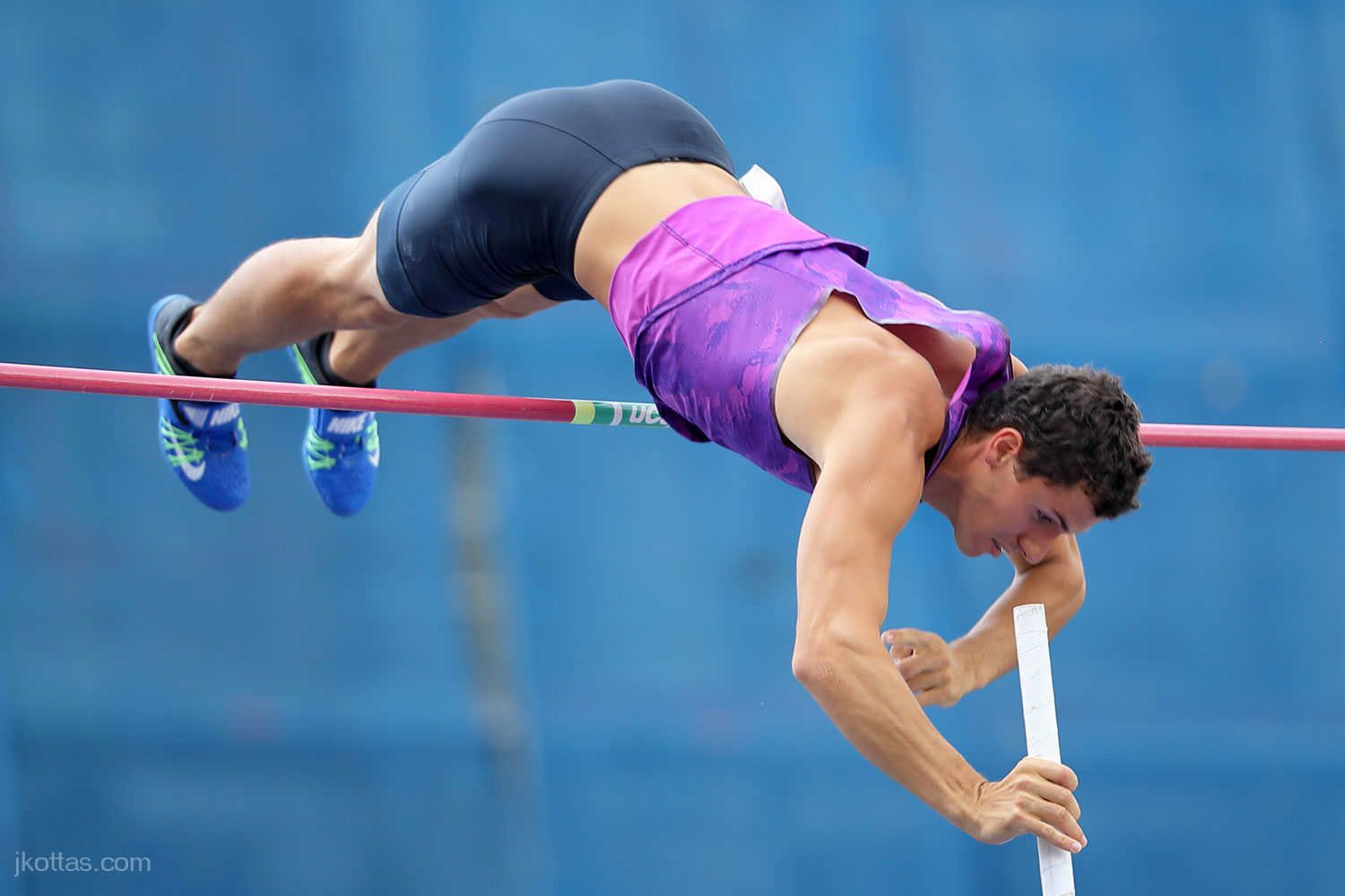 pole-vault-of-prague-29
