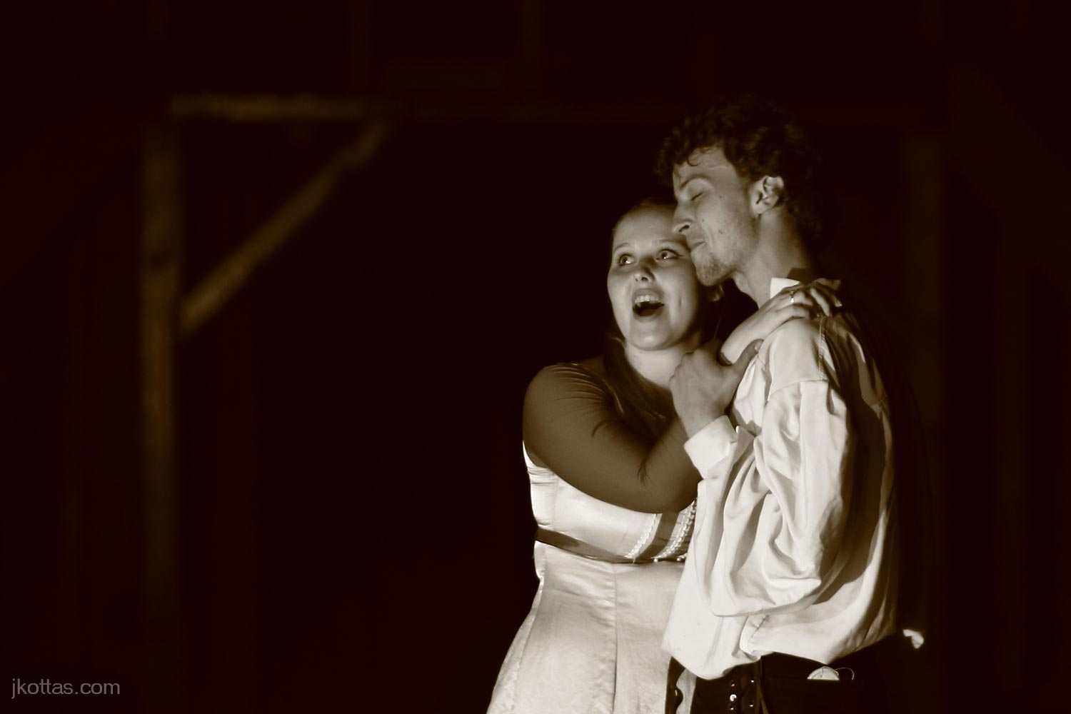 romeo-and-juliet-open-air-08